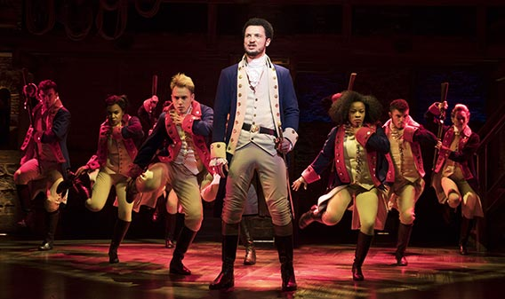 Szenenbild (UK Cast) - HAMILTON Musical